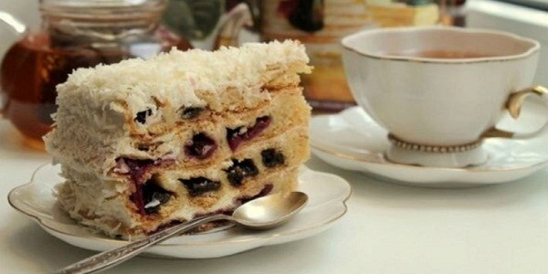 tort-vishnya-v-snegu-vsem-tortam-tort